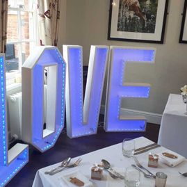 The Myton Mermaid Weddings | Sweet Love Hire